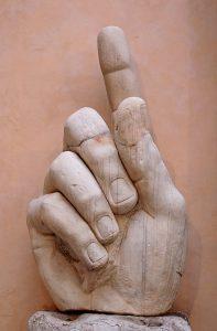673px-Hand_Constantine_Musei_Capitolini_MC786